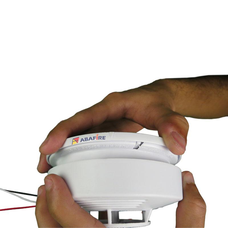 Detector pontual de fumaça autônomo com saída relé NA/NF (Stand alone smoke detector with relay NO/NC) código AFDFAR - Imagem 04