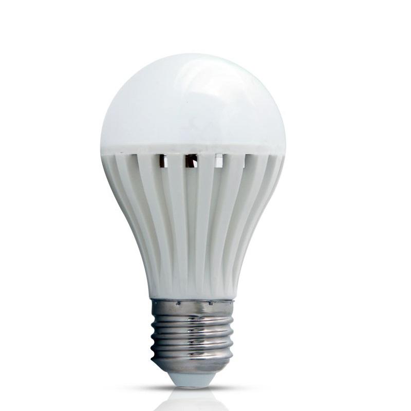 Lâmpada de LED tipo Bulbo em 12 Volts e 5 Watts com 720 Lumens, código AFLED12V5W, Para Centrais de Iluminação de Emergência - Imagem 01