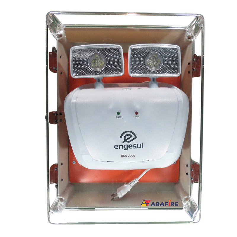 Luminária de EmergênLuminária de Emergência (Bloco Autônomo) Para Área Externa à Prova de Água (IP65) com Dois Faróis de LED e 2000 Lumens, código AF2000LMPTcia (Bloco Autônomo) Para Área Externa à Prova de Água (IP65) com Dois Faróis de LED e 2000 Lumens, código AF2000LMPT